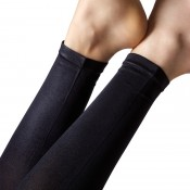 Shiny leggings with comfort waistband.